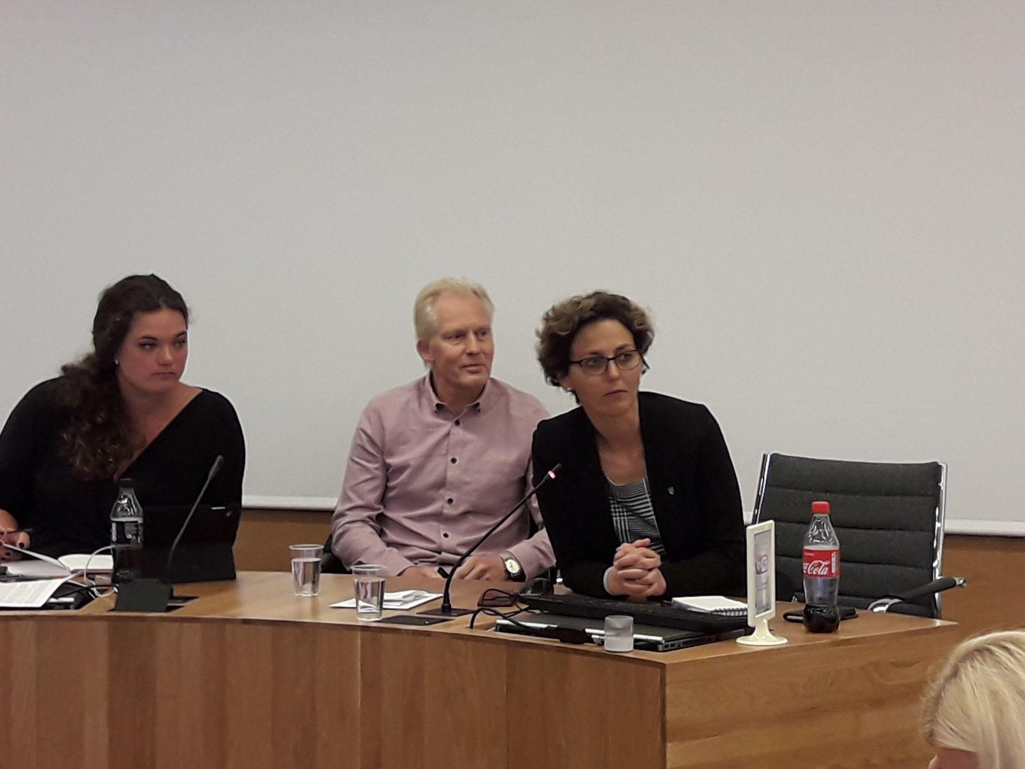 Fra venstre: Partisekretær Jannike Arnesen, leder Jan Oddvar Skisland og nestleder Astrid Hilde.