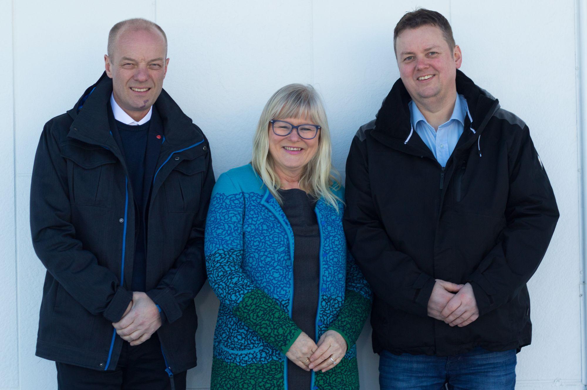 Steinar Karlstrøm, Ingalill Olsen og Runar Sjåstad, stortingskandidater for Finnamrk Arbeiderparti.