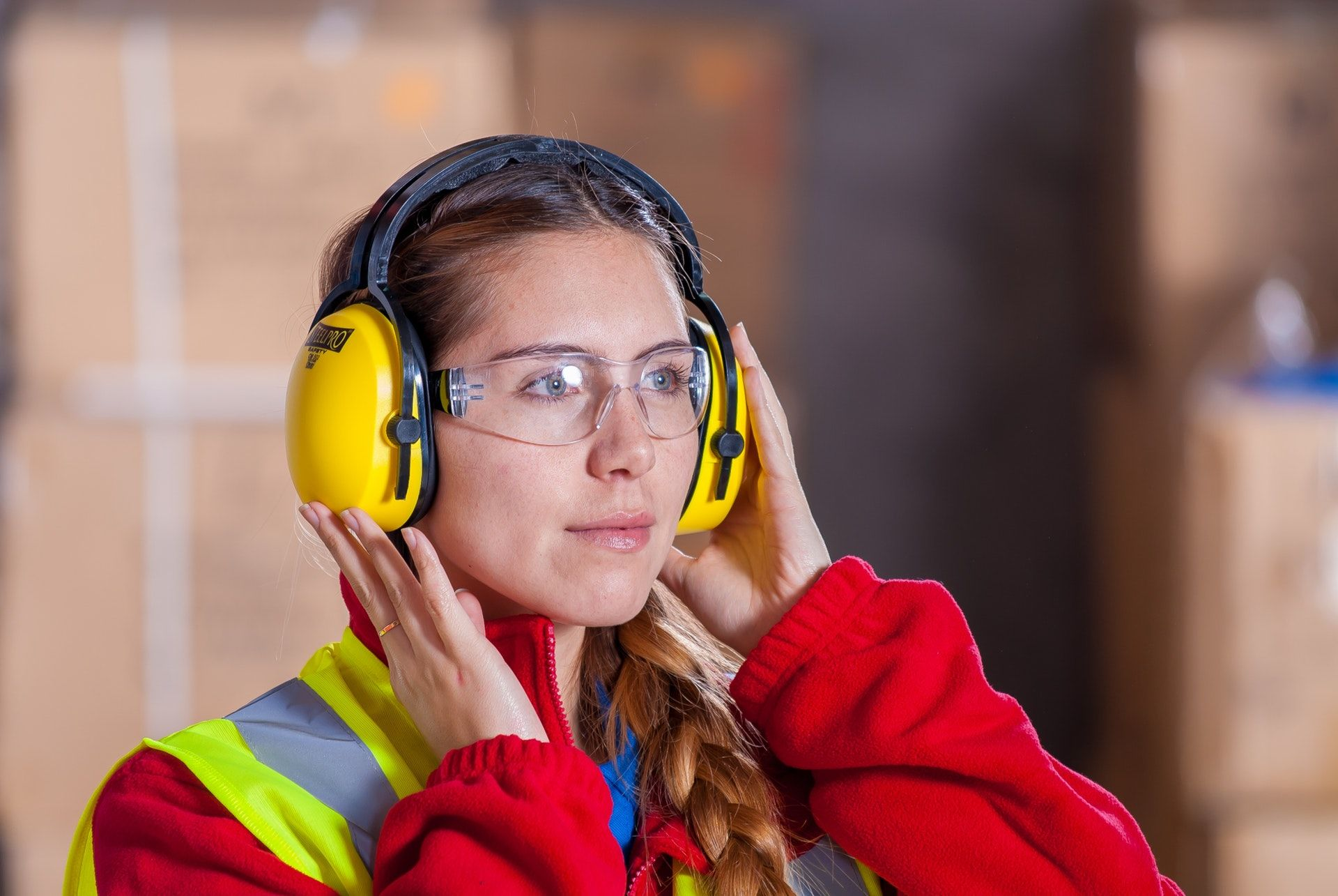 Arbeiderpartiet lanserer en tiltakspakke for å få flere unge i arbeid, og vil bevilge en milliard til opprusting av yrkesfag de neste fire årene. Illustrasjonsfoto: Pexels.com