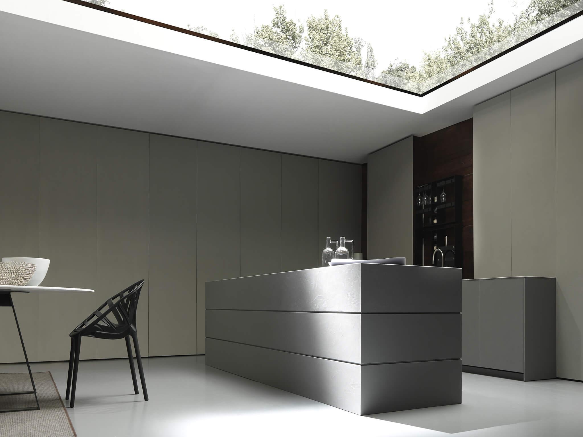 Blade contemporary kitchen cabinet by Modulnova | Archisesto Chicago
