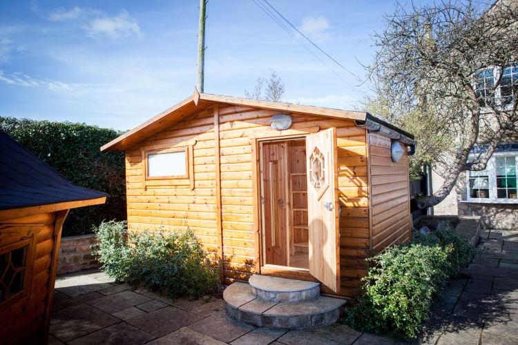 Sauna & Cabin 02