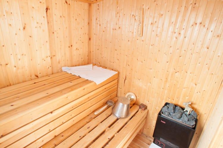 Sauna & Cabin 03