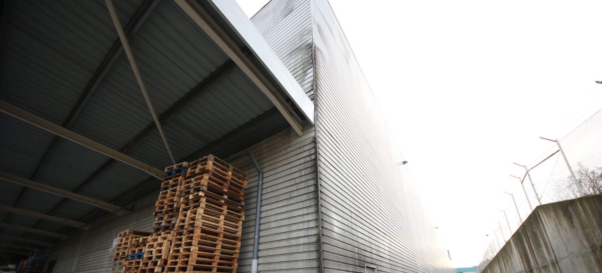 Lavagem fachadas em Chapa Canelada / Alucobond image