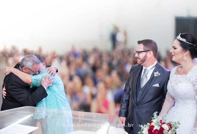 Pais de Noiva Emocionados