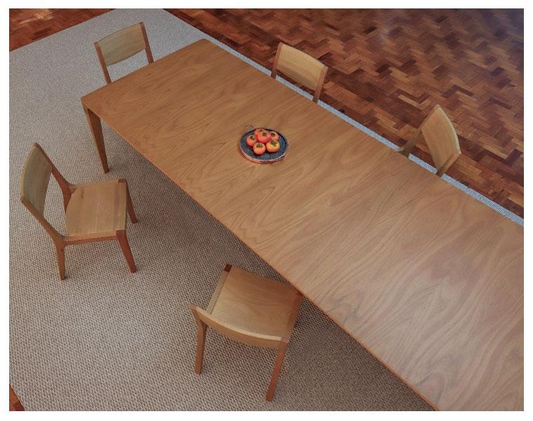 Klie lança a mesa Moema