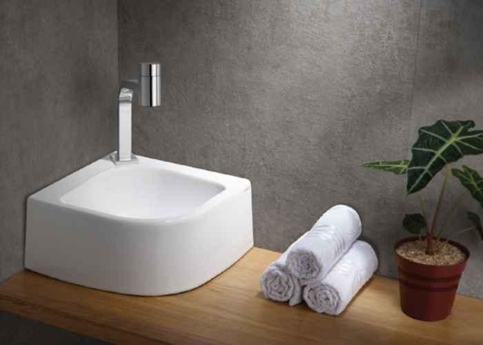 Banheiros e lavabos compactos com Lorenzetti