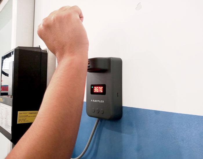 Rayflex com acionamento por aferição de temperatura
