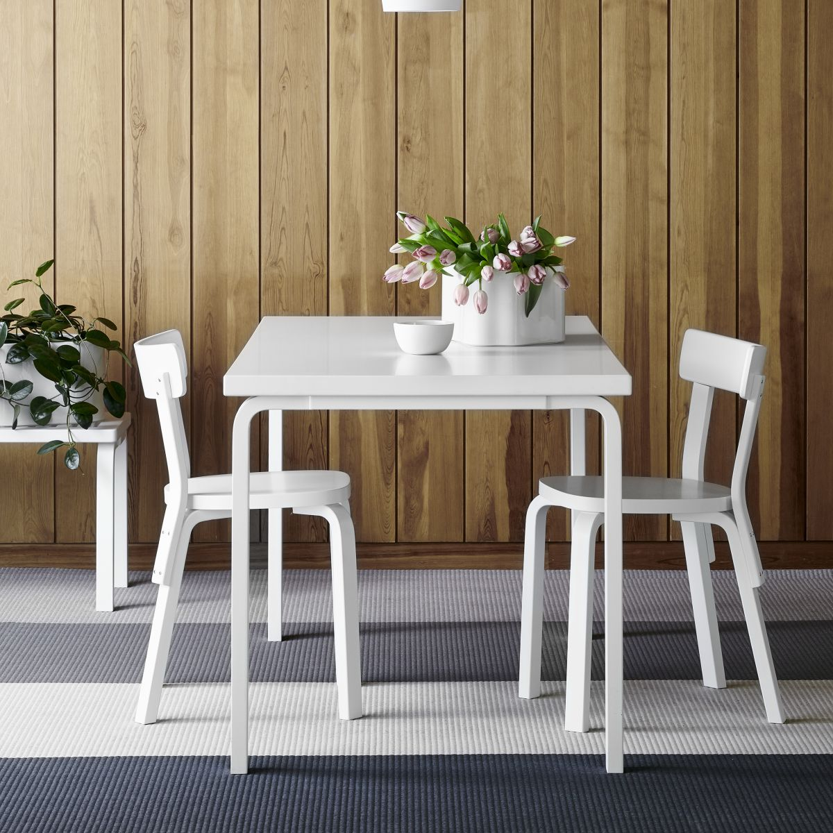 Chair_69_Aalto_Table_rectangular_82A_A440_white_lacquer_2