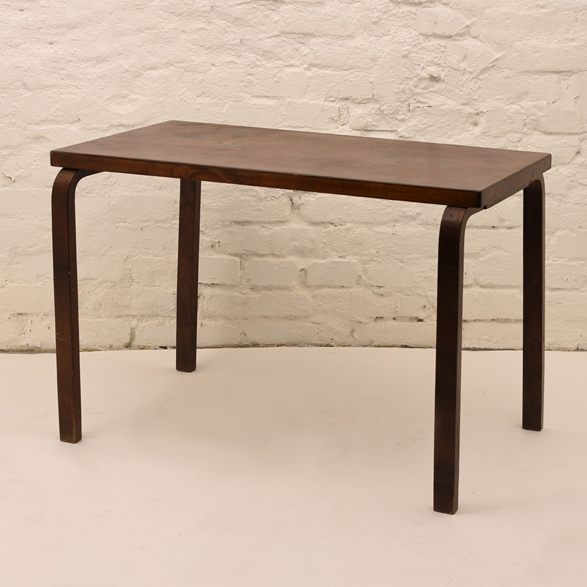 Alvar-Aalto_Rectangular-Table