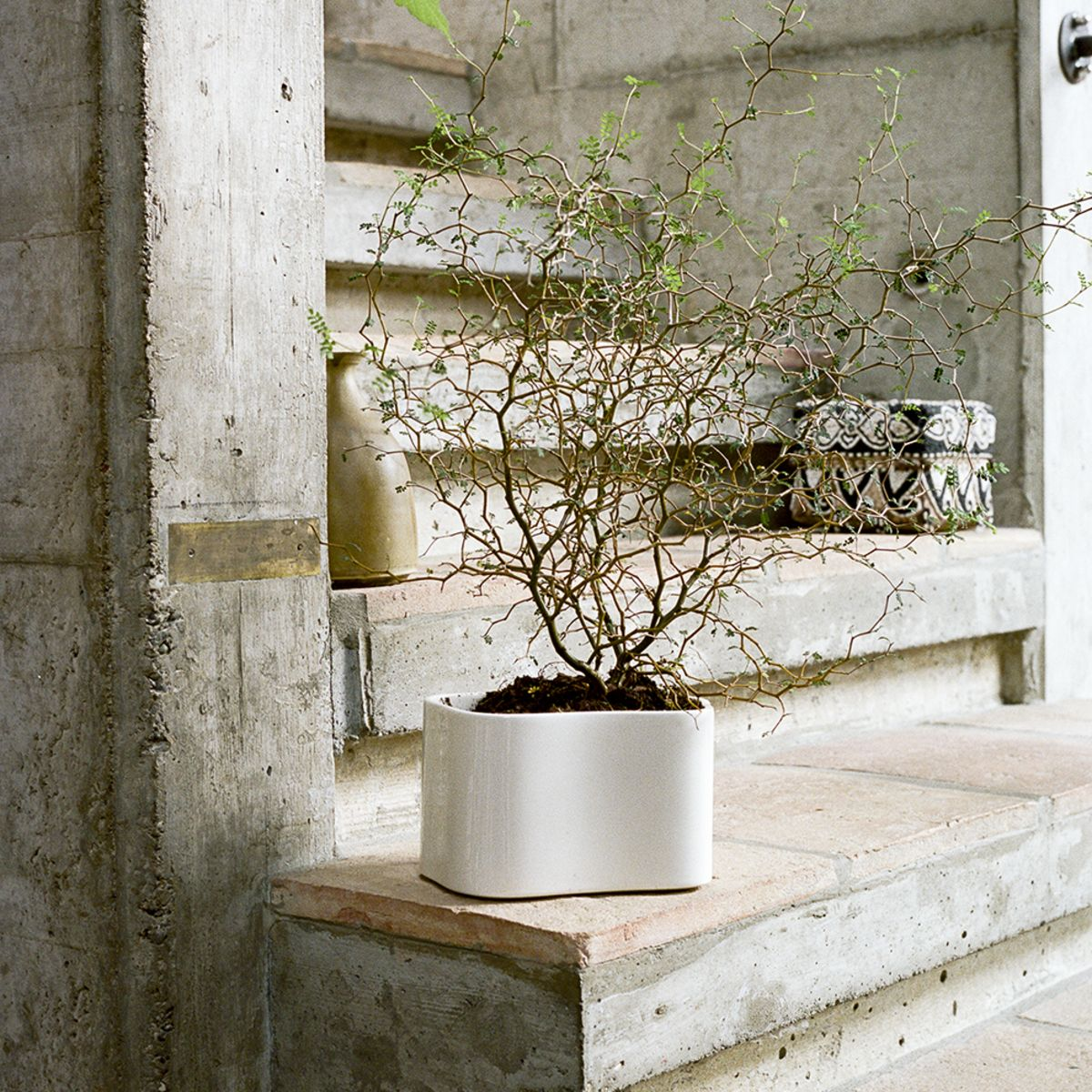 Riihitie-Plant-Pot-A-Small-White-1848644