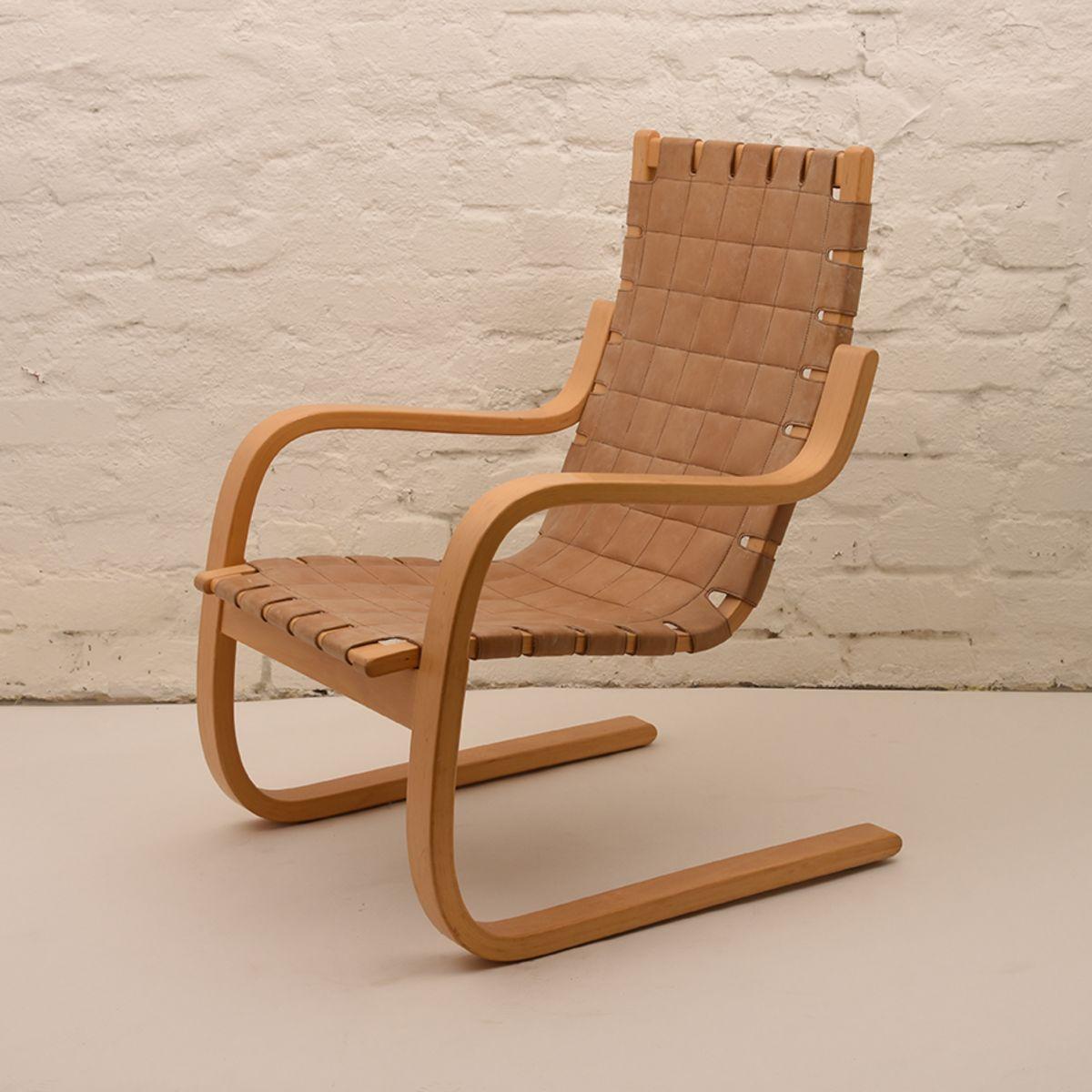 Alvar-Aalto_406-Armchair