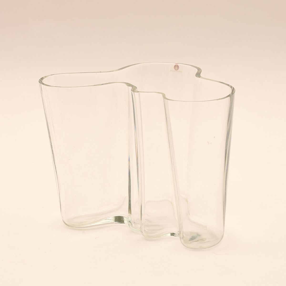Alvar-Aalto_Savoy-Vase