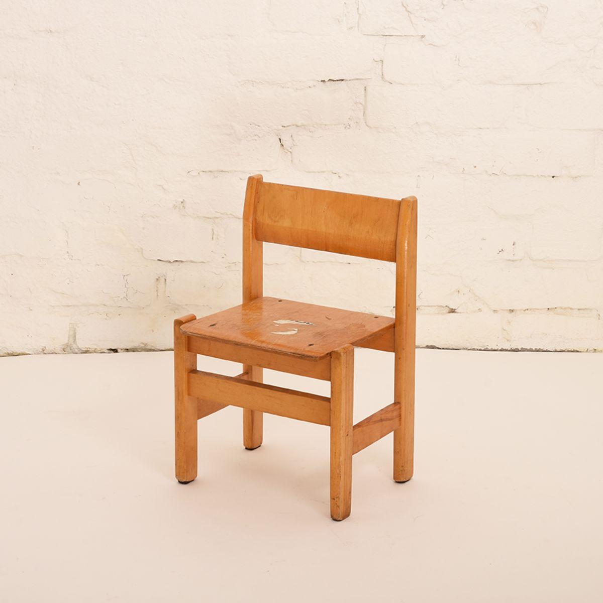 Children-Chair-01