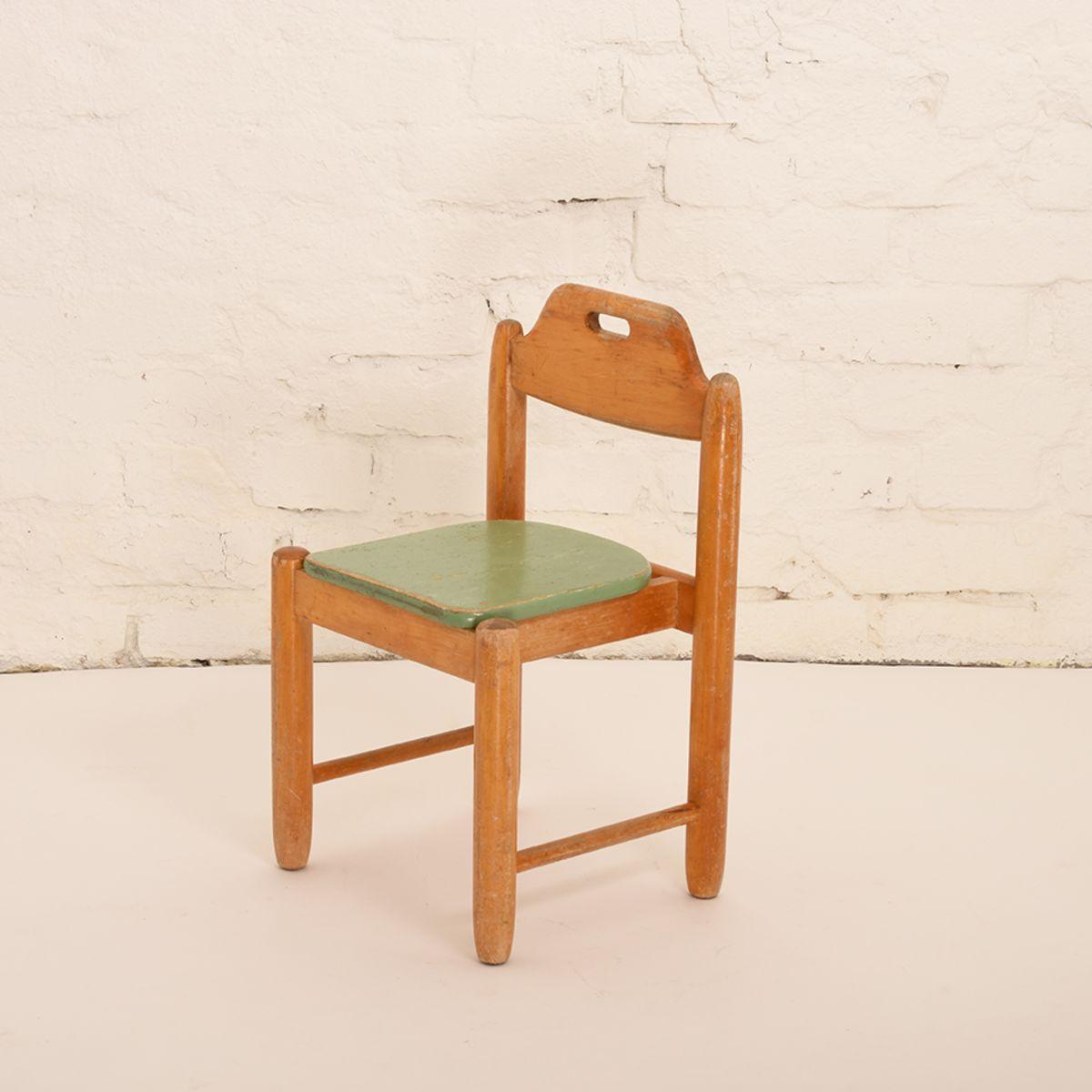 Children-Chair-04