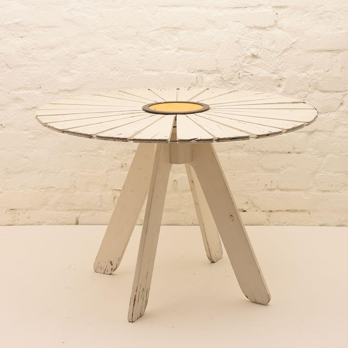 Alvar-Aalto_Sunflower-Garden-Table