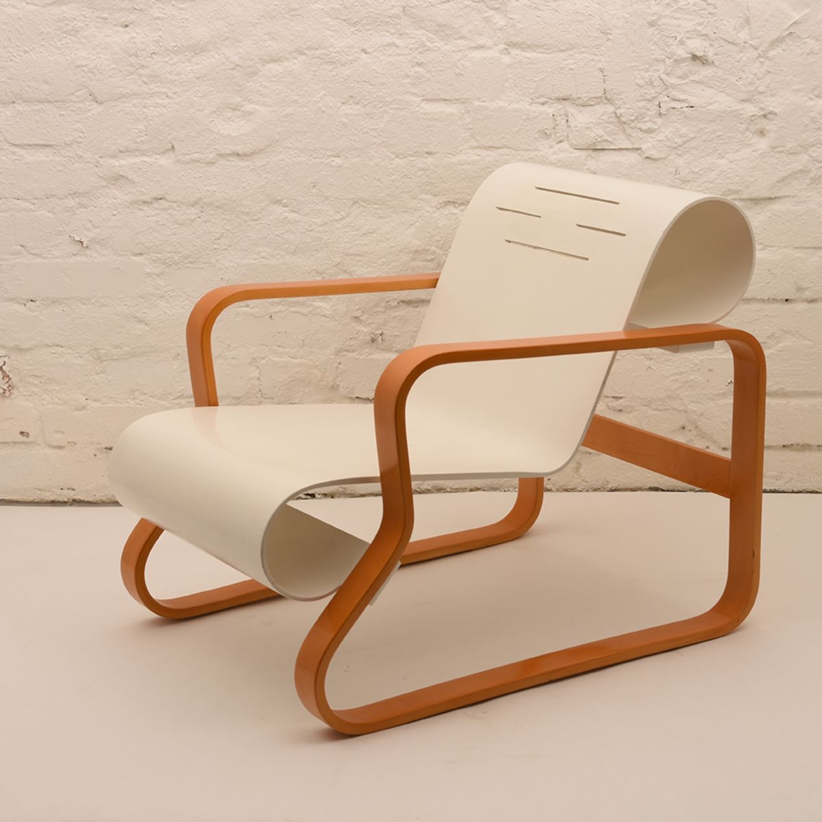 Alvar-Aalto_Paimio-Chair