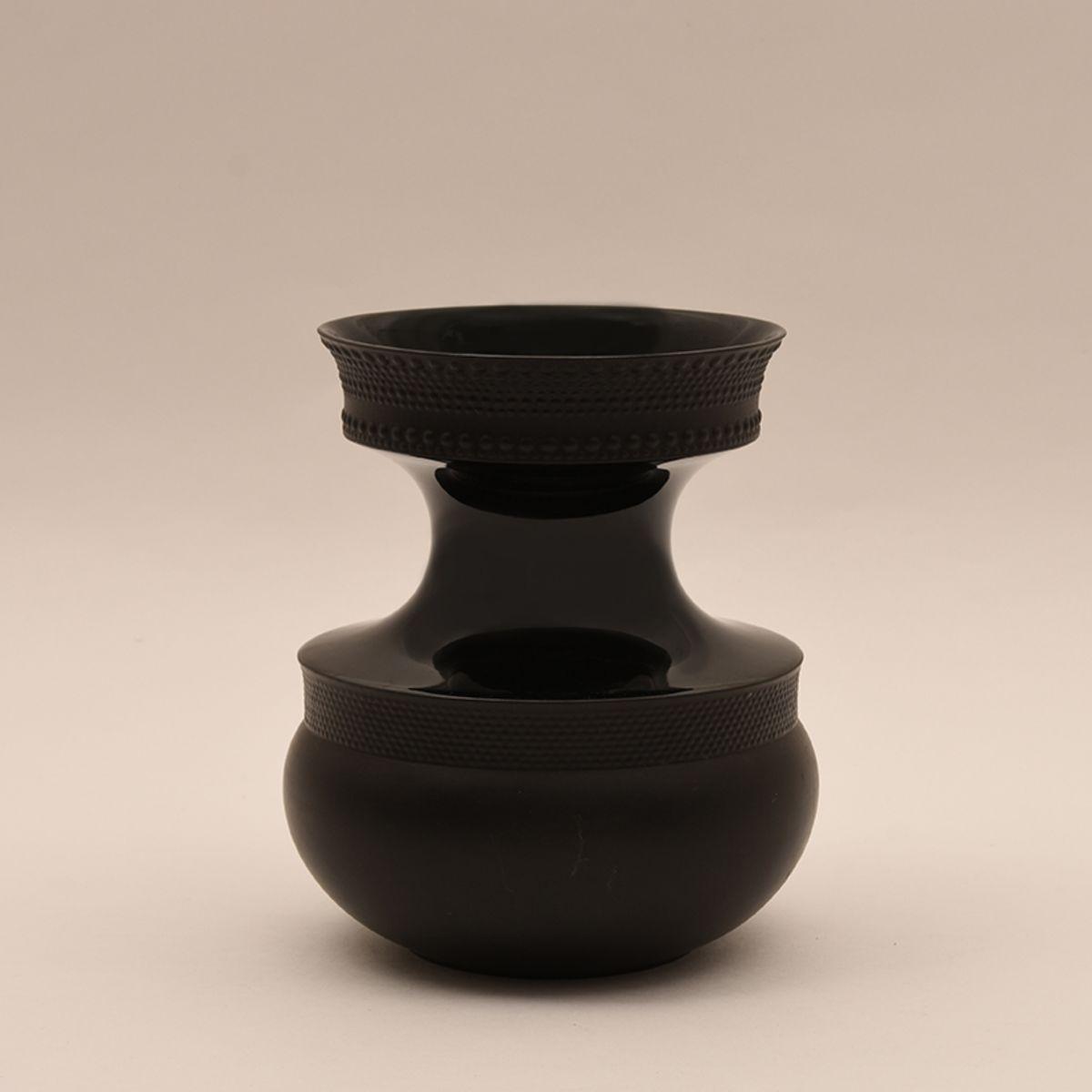 Tapio-Wirkkala_Vase-3051