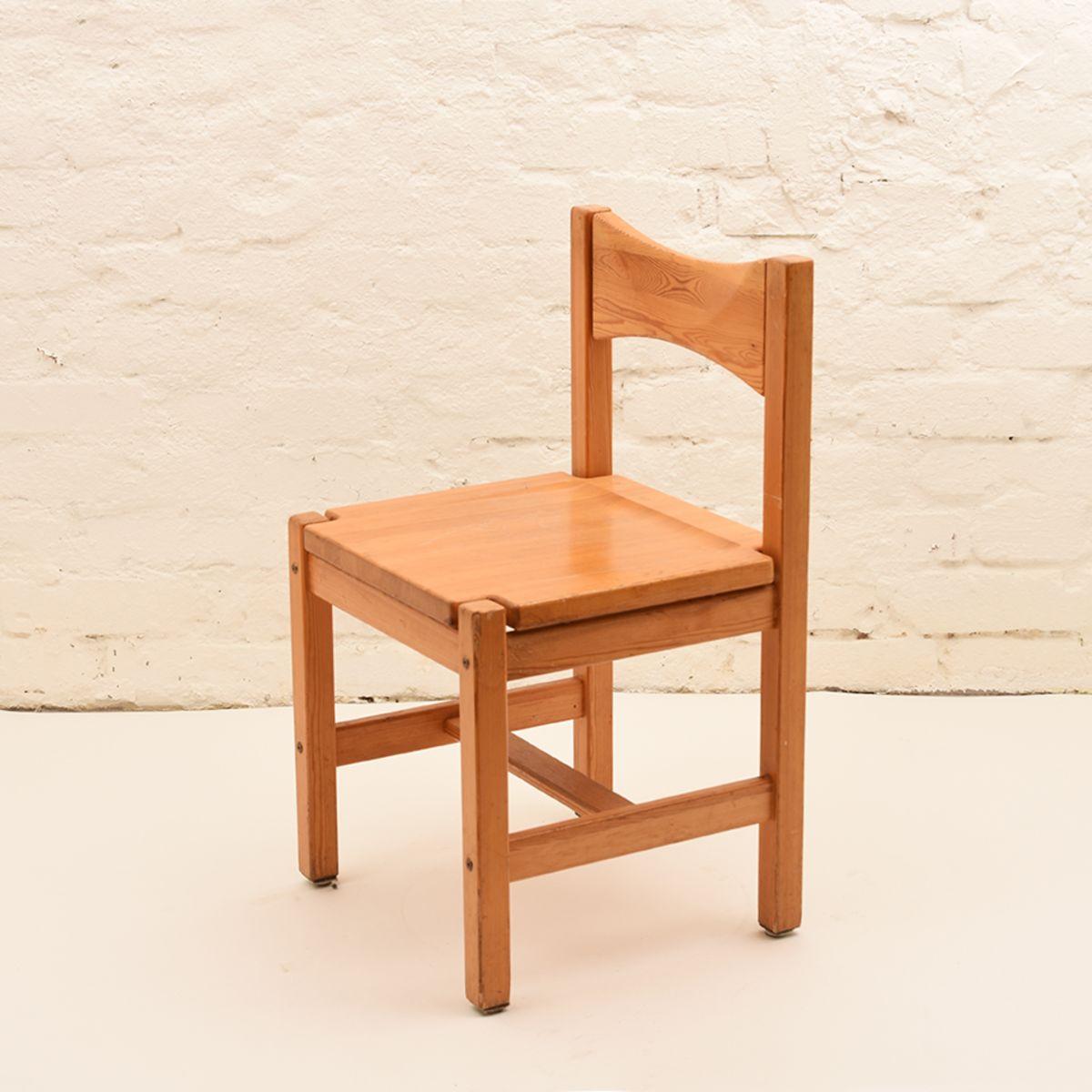 Ilmari-Tapiovaara_Hongisto_Chair