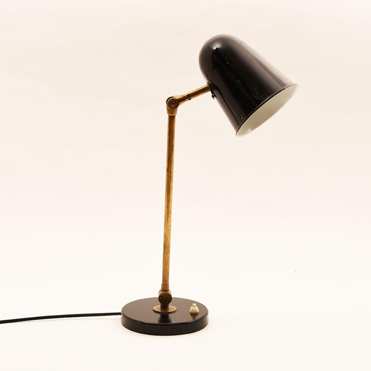 Swedish_Table_Lamp