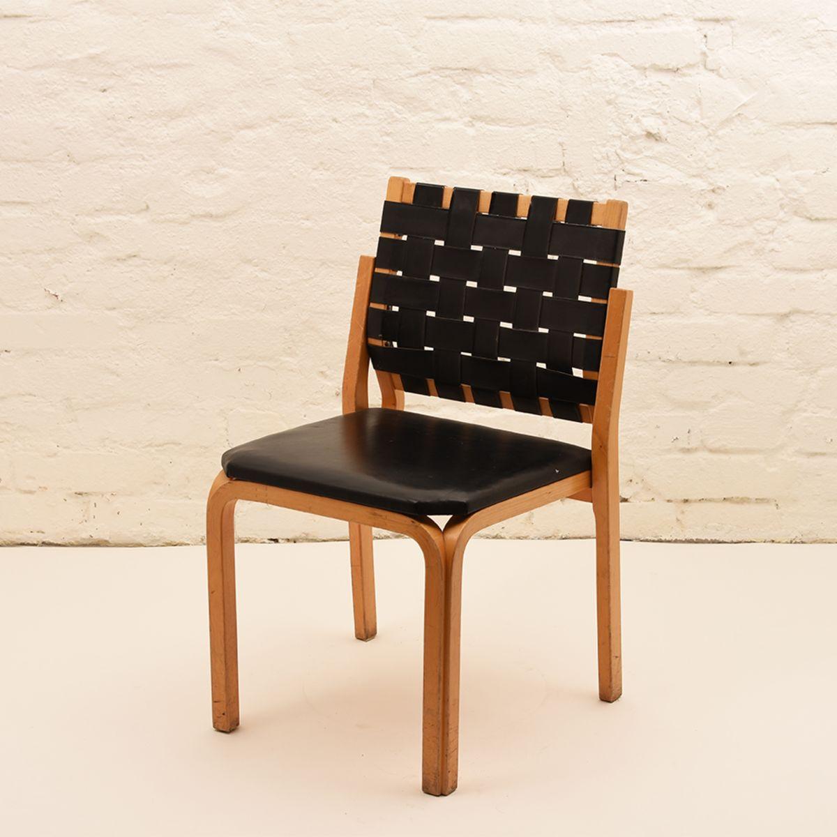 Alvar-Aalto_Y612-Chair
