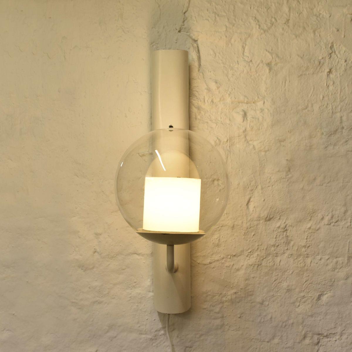Alvar-Aalto_Wall-Lamp-For-Paimio-Sanatorium