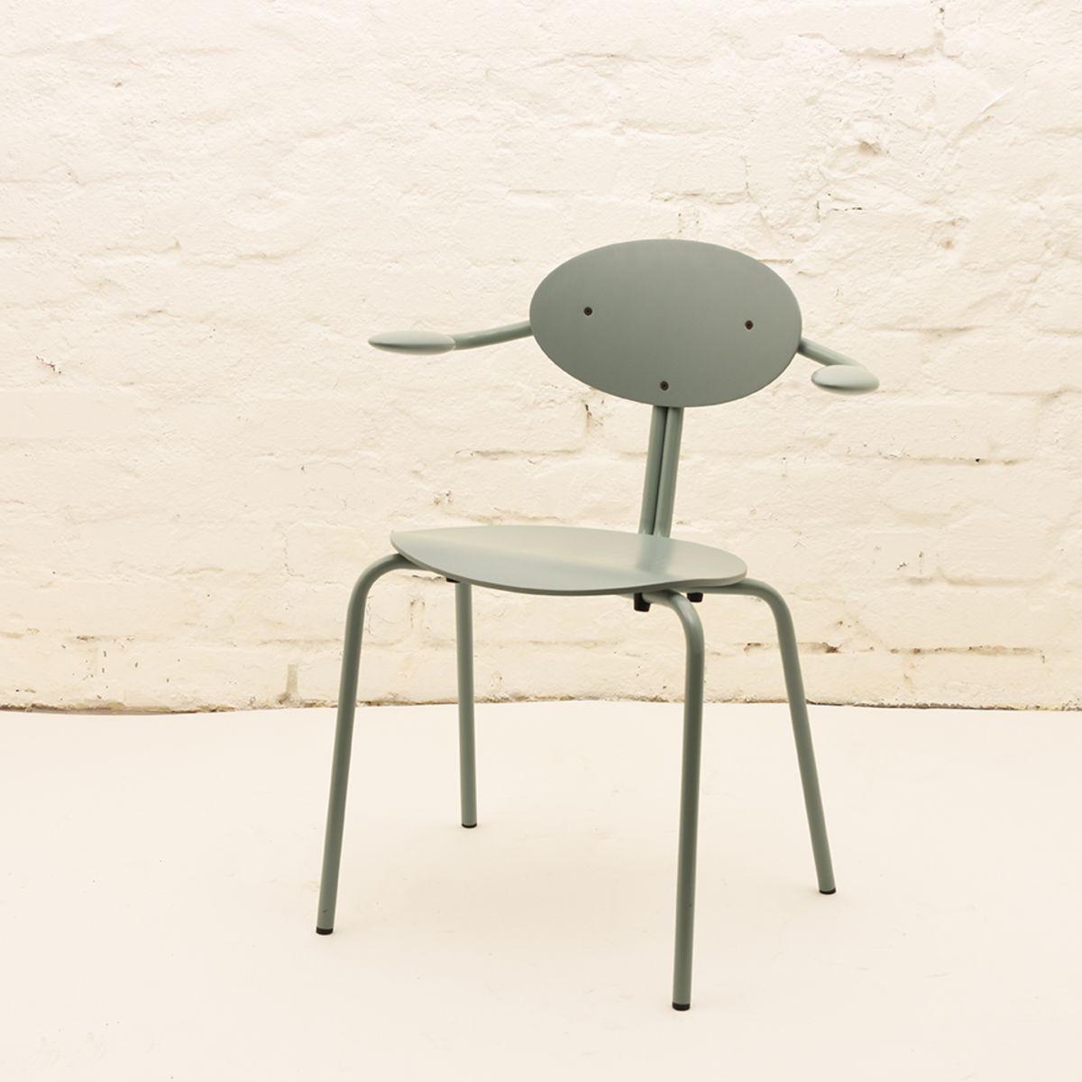 Ilmari-Tapiovaara_Lukki-Chair-01