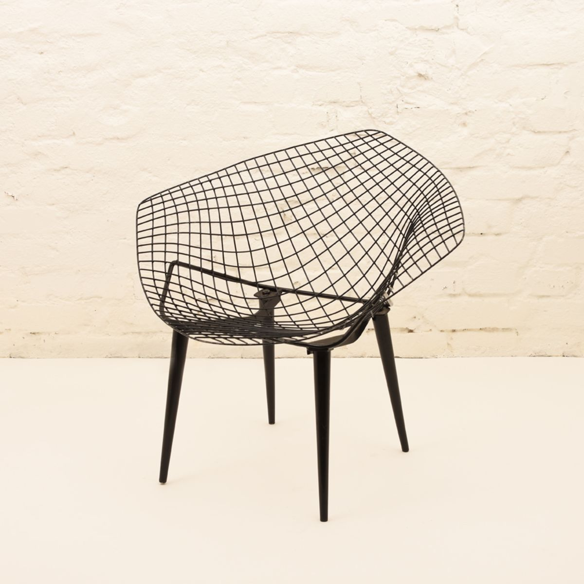 Harry-Bertoia_Diamond-Chair
