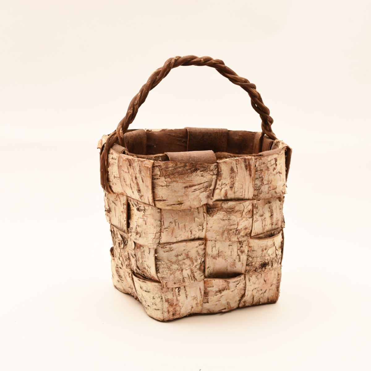 Folky-Basket-Birch-Bark