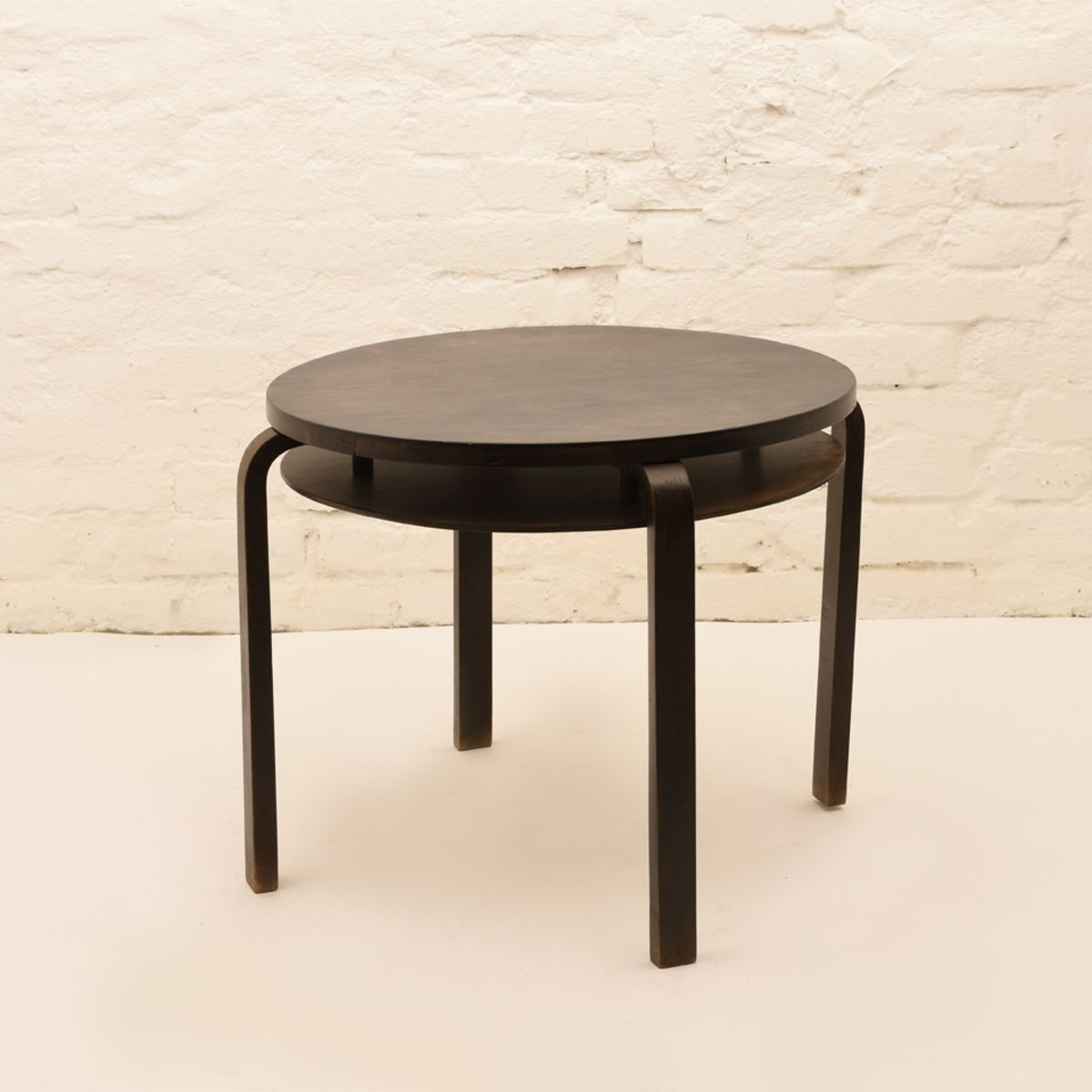 Alvar-Aalto_Club-Table-907B_Stained-Black-Birch