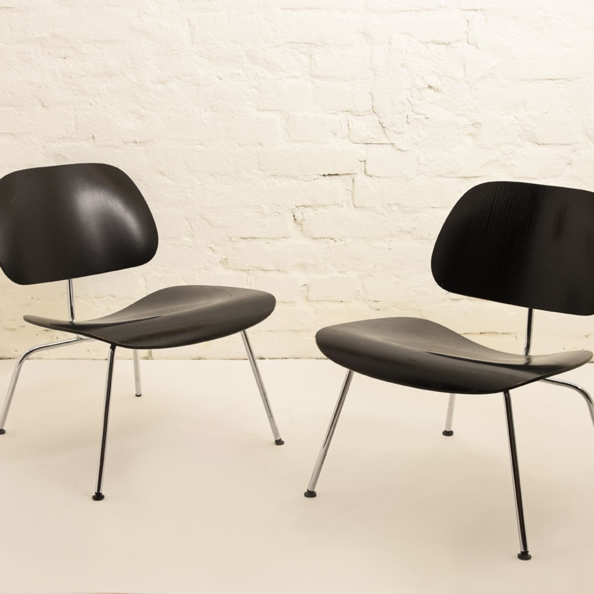 Charles-Lay-Eames-Lcm-Lounge-Chair
