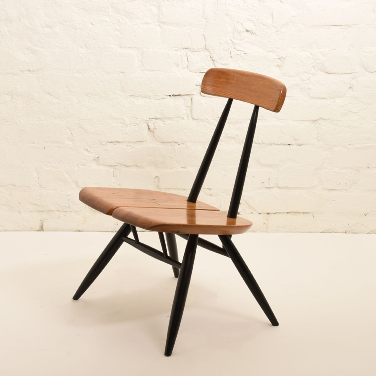 Ilmari-Tapiovaara_Lounge-Chair_A