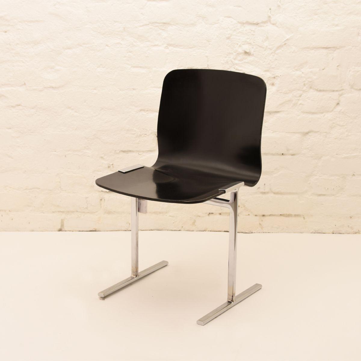 Antti-Nurmesniemi_Triennale-001-Chair