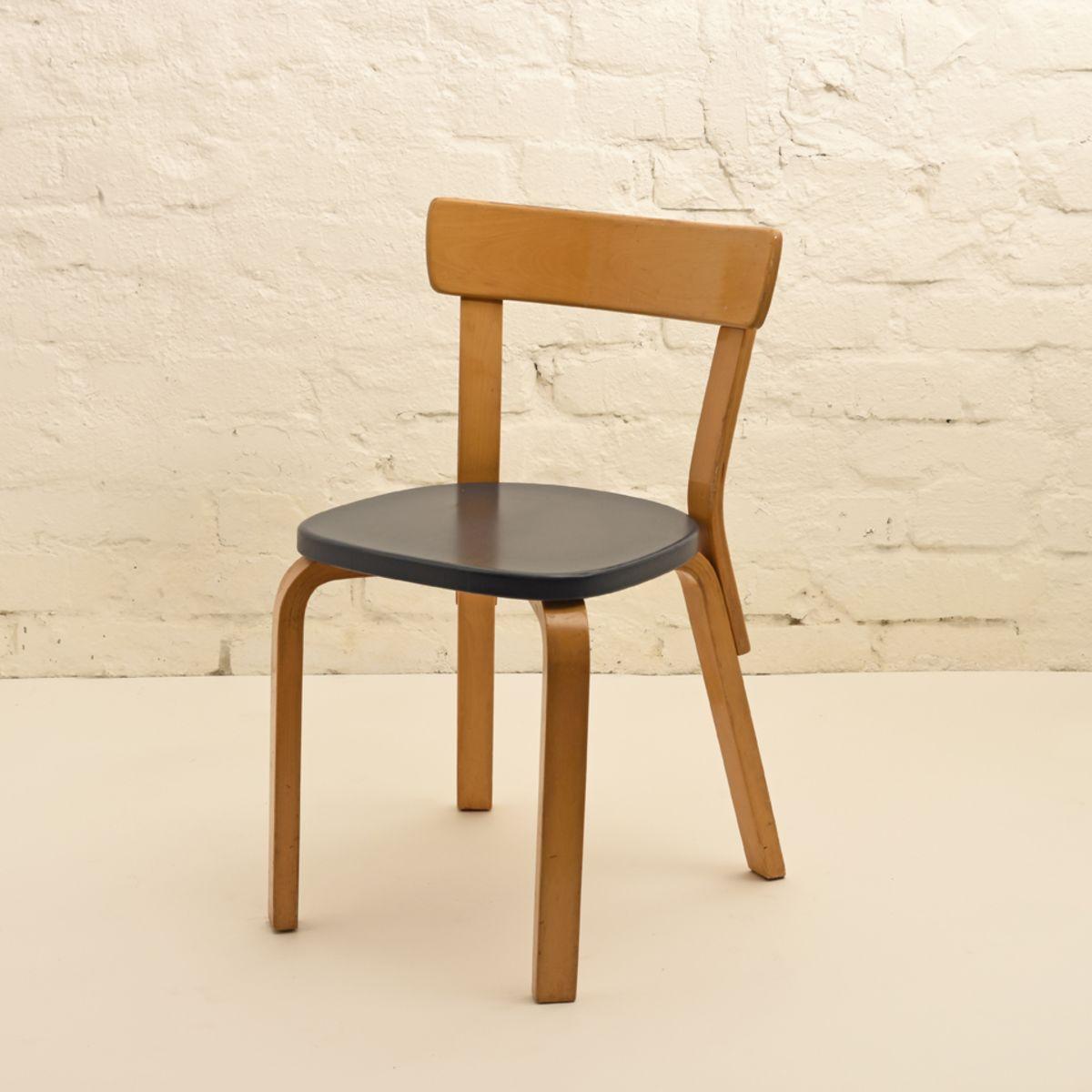 Alvar Aalto Chair 69 A