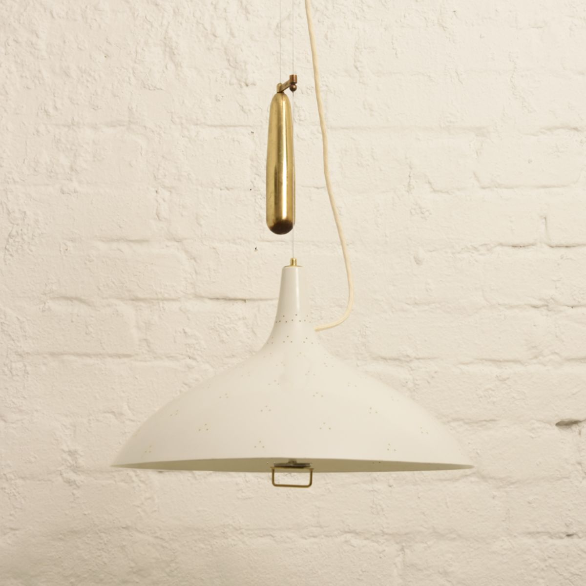 Tynell-Paavo_Counter-balanced-ceiling-light