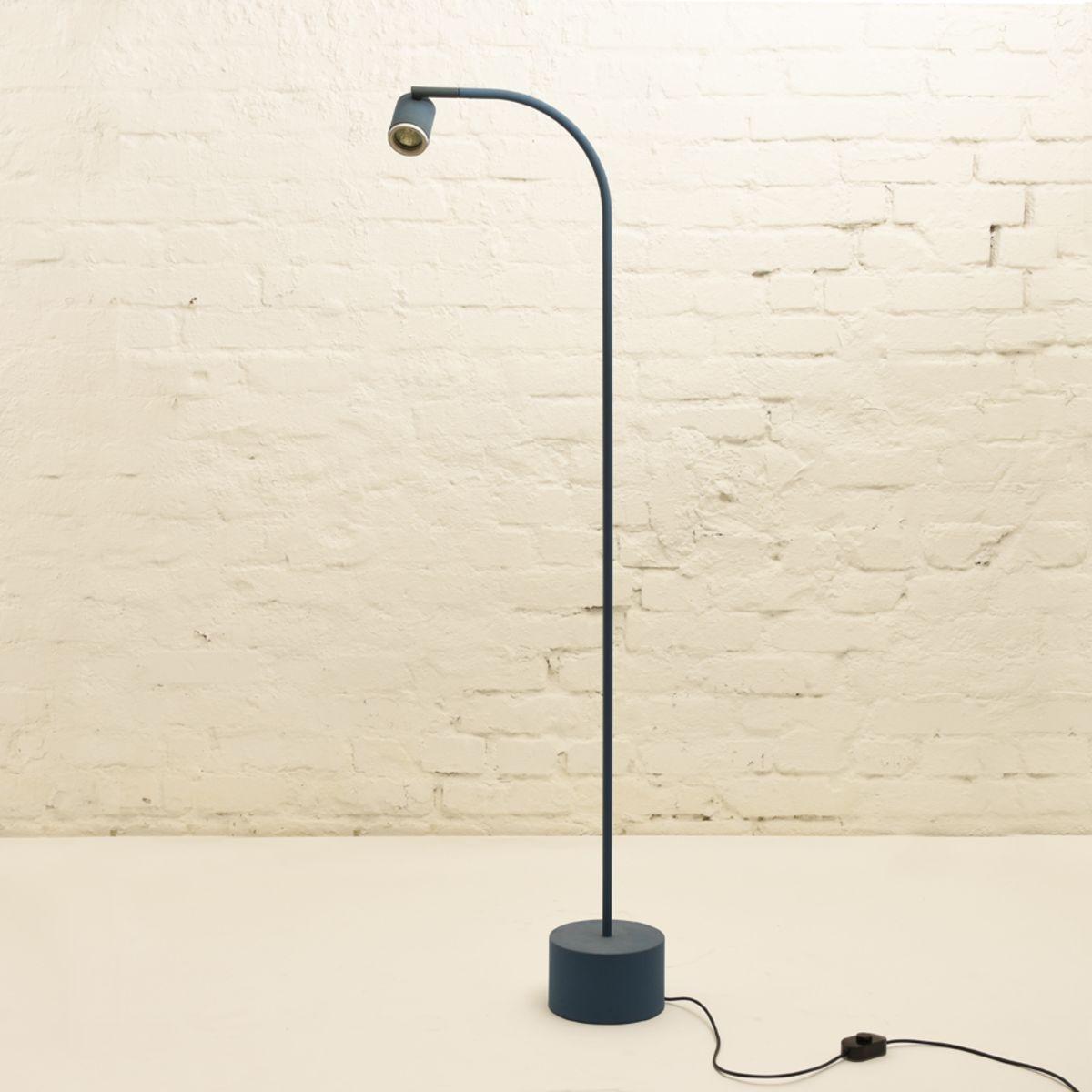 Sottsas-Ettore_Halo-Click-Floor-lamp