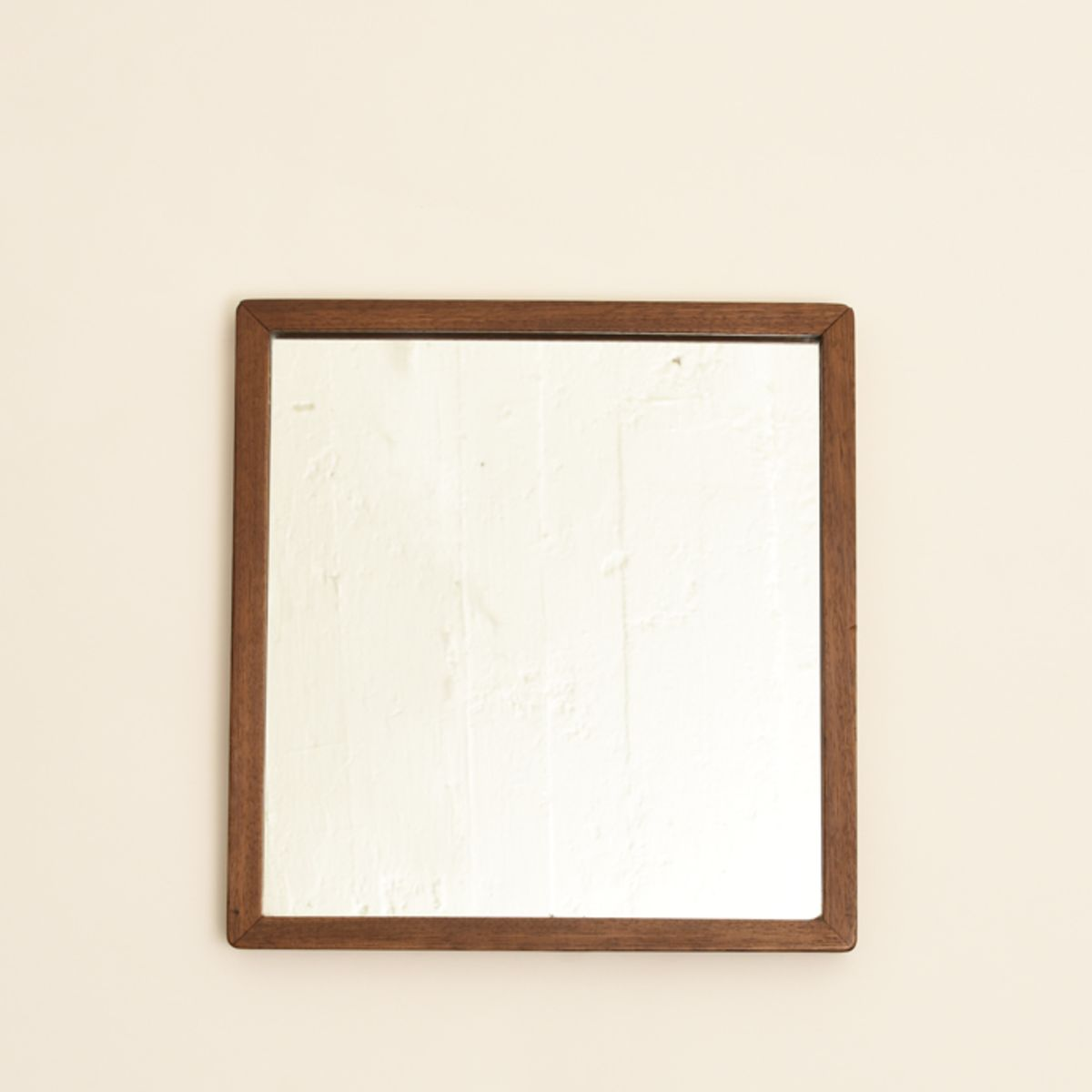 Aalto-Alvar_square-mirror