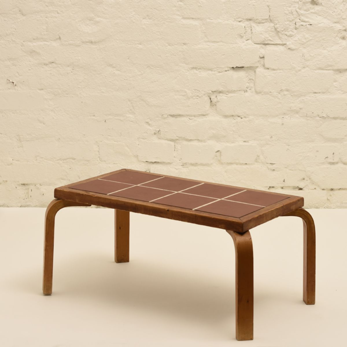 Aalto-Alvar_Flower-Table