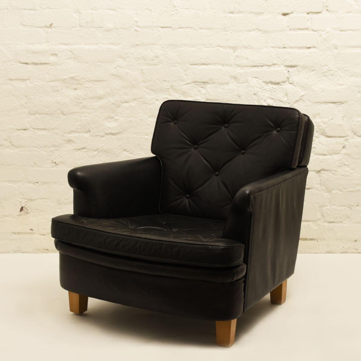Aino-Aalto_Villa-Mairea-Chair