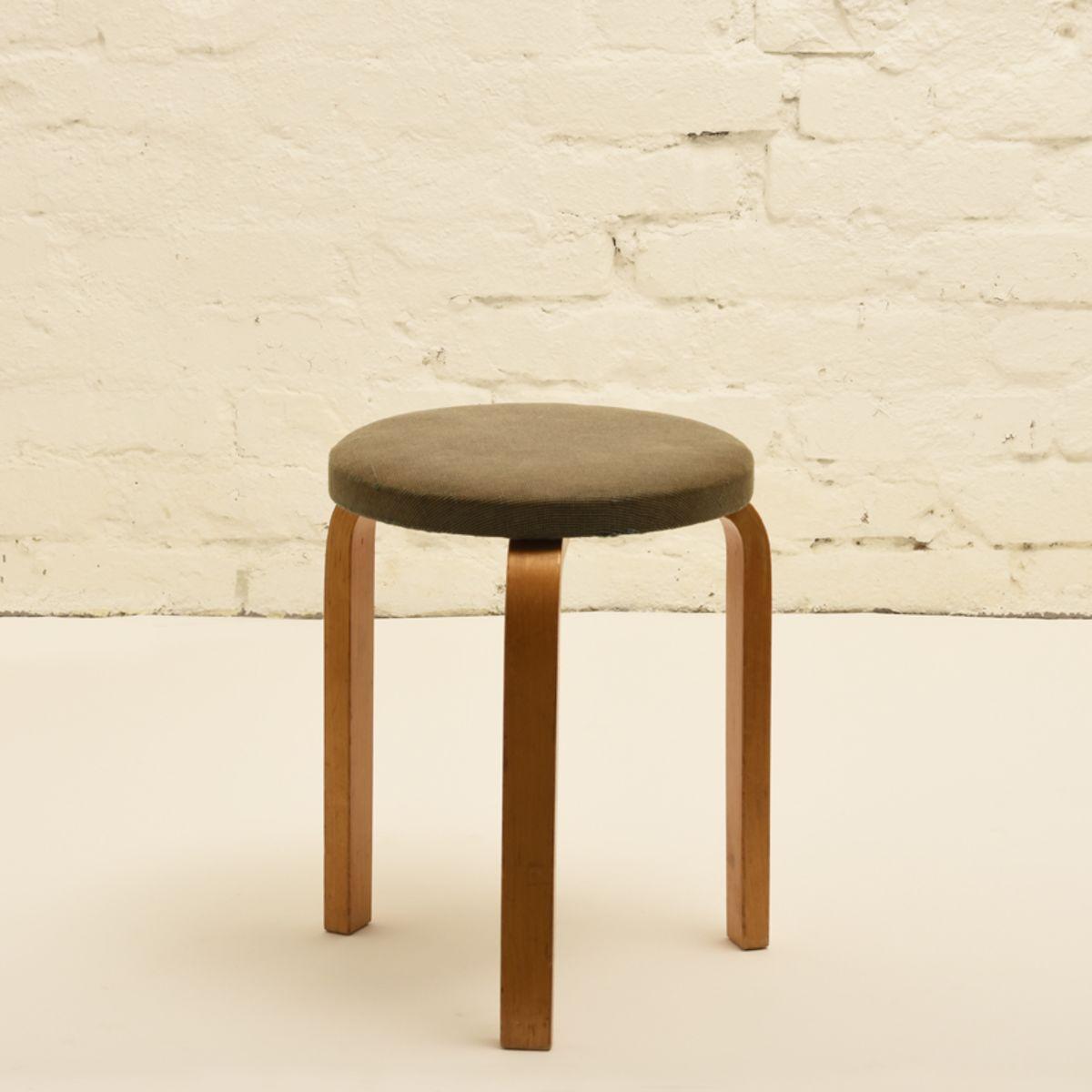 Aalto-Alvar_Old-upholstered-stool-60-green