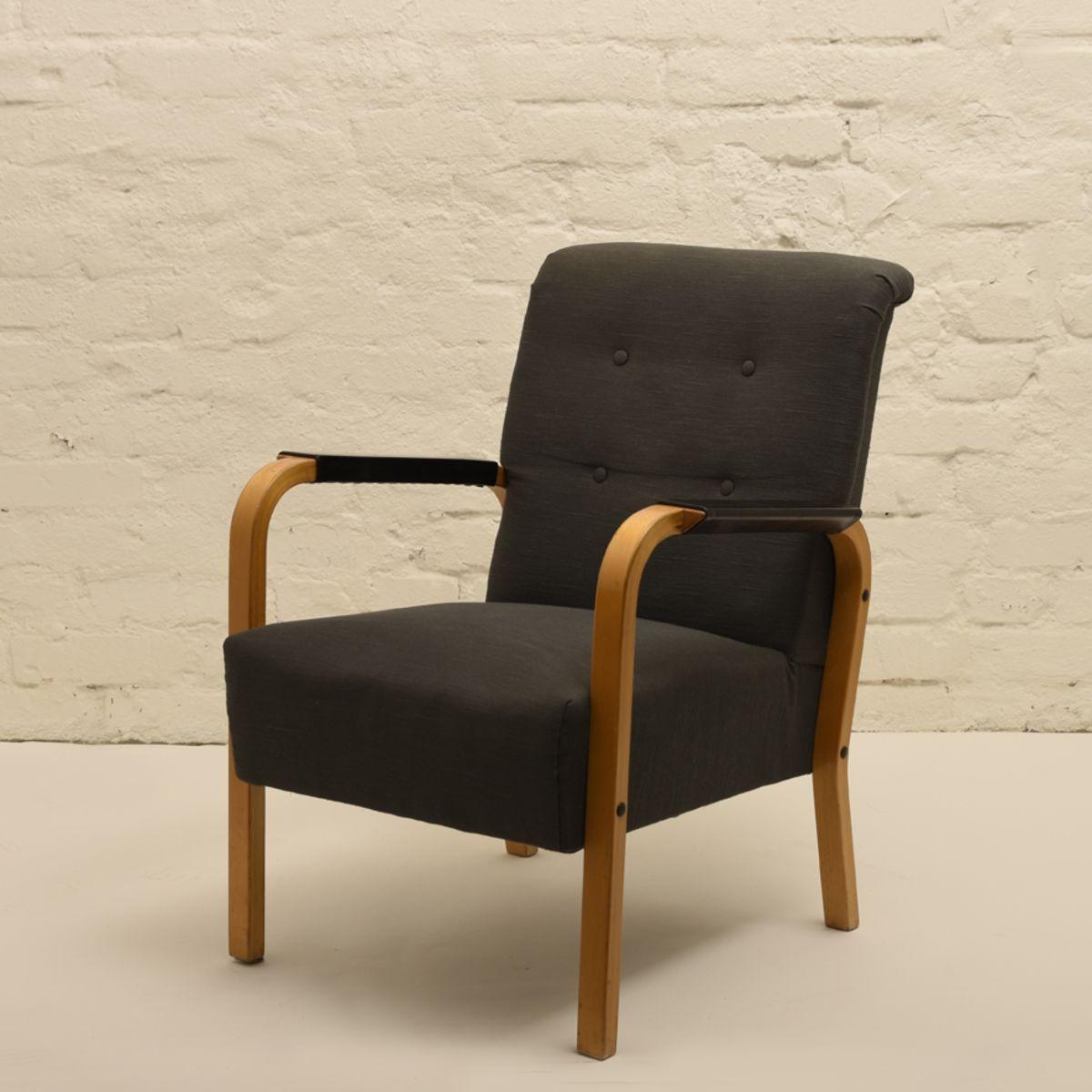 Aalto-Alvar_Chair-47