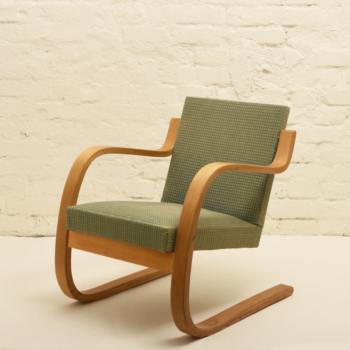 Aalto-Alvar_chair-402-old-green