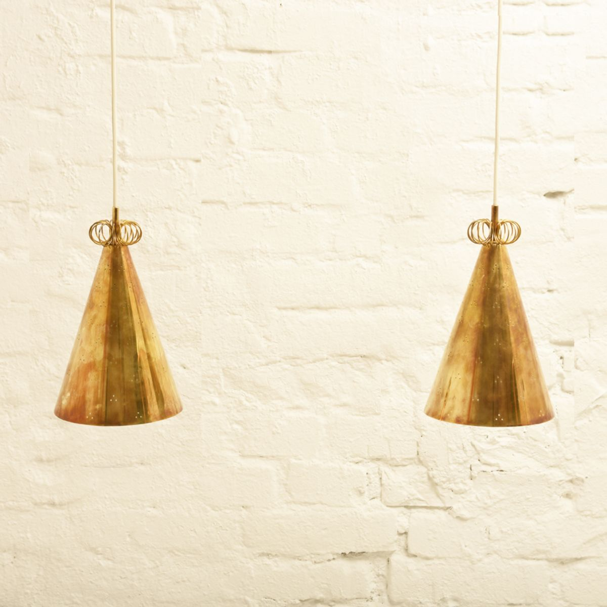 Tynell-Paavo_Pendant-two-shades