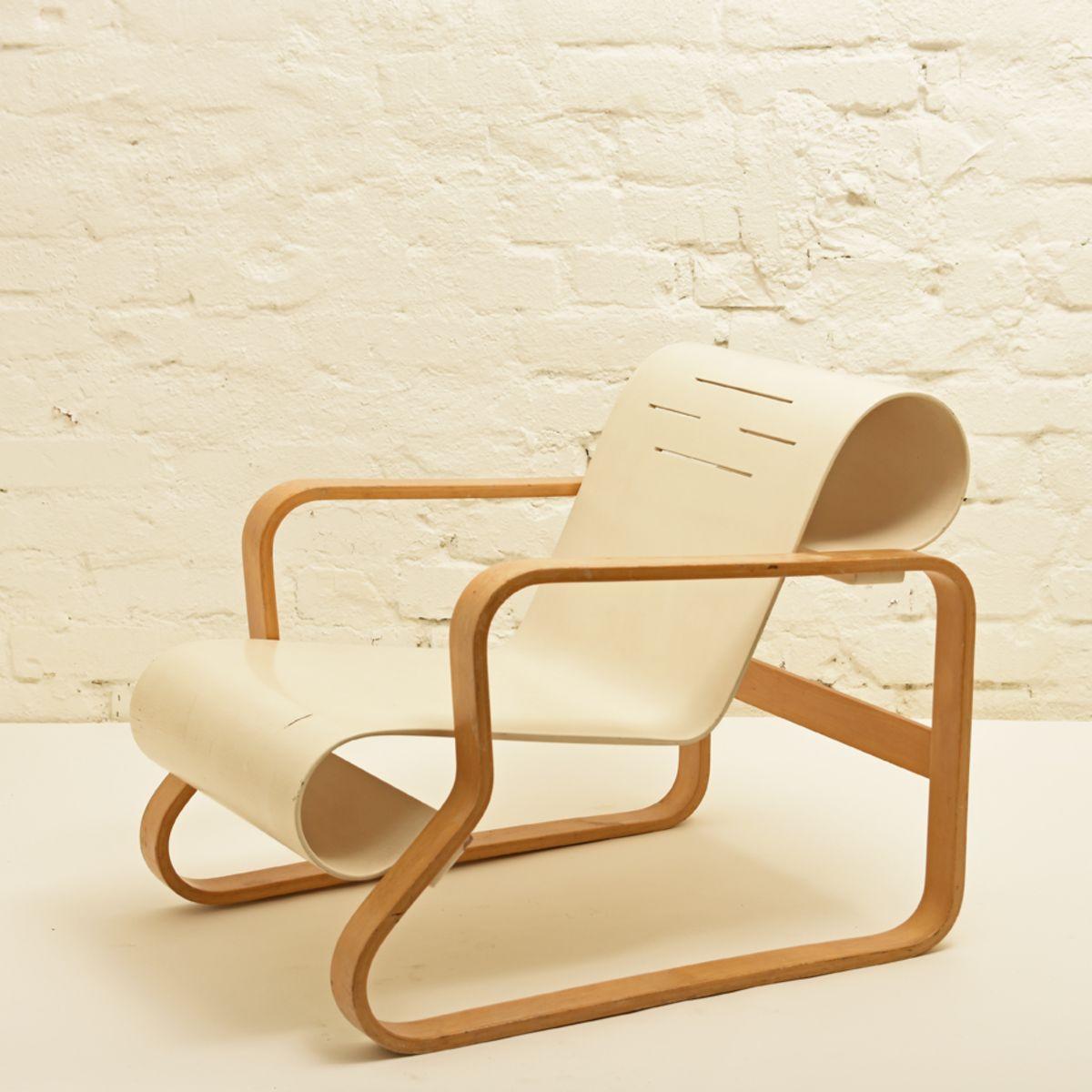 Aalto-Alvar_Paimio-Chair-White