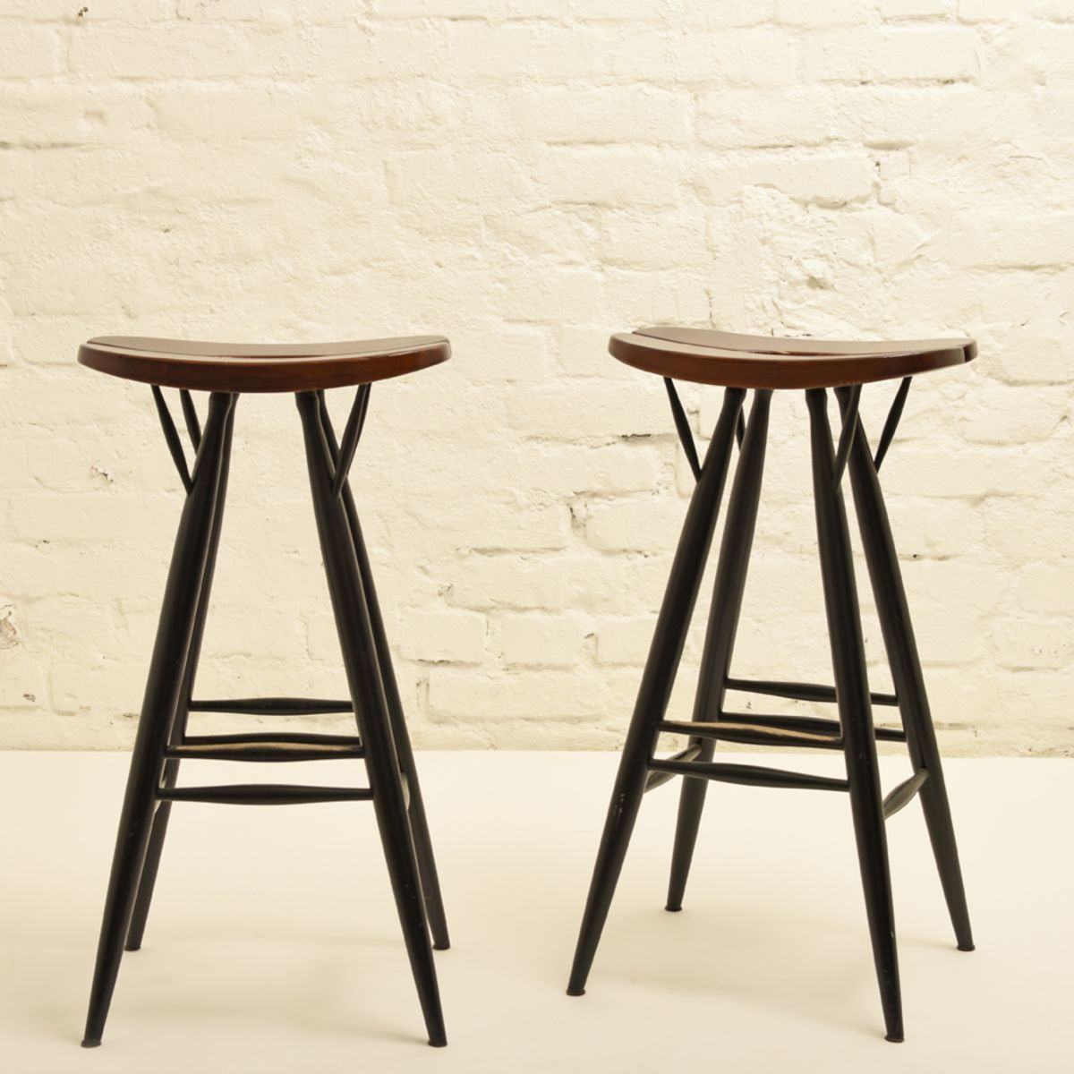 Tapiovaara-Ilmari_Pirkka-bar-stool