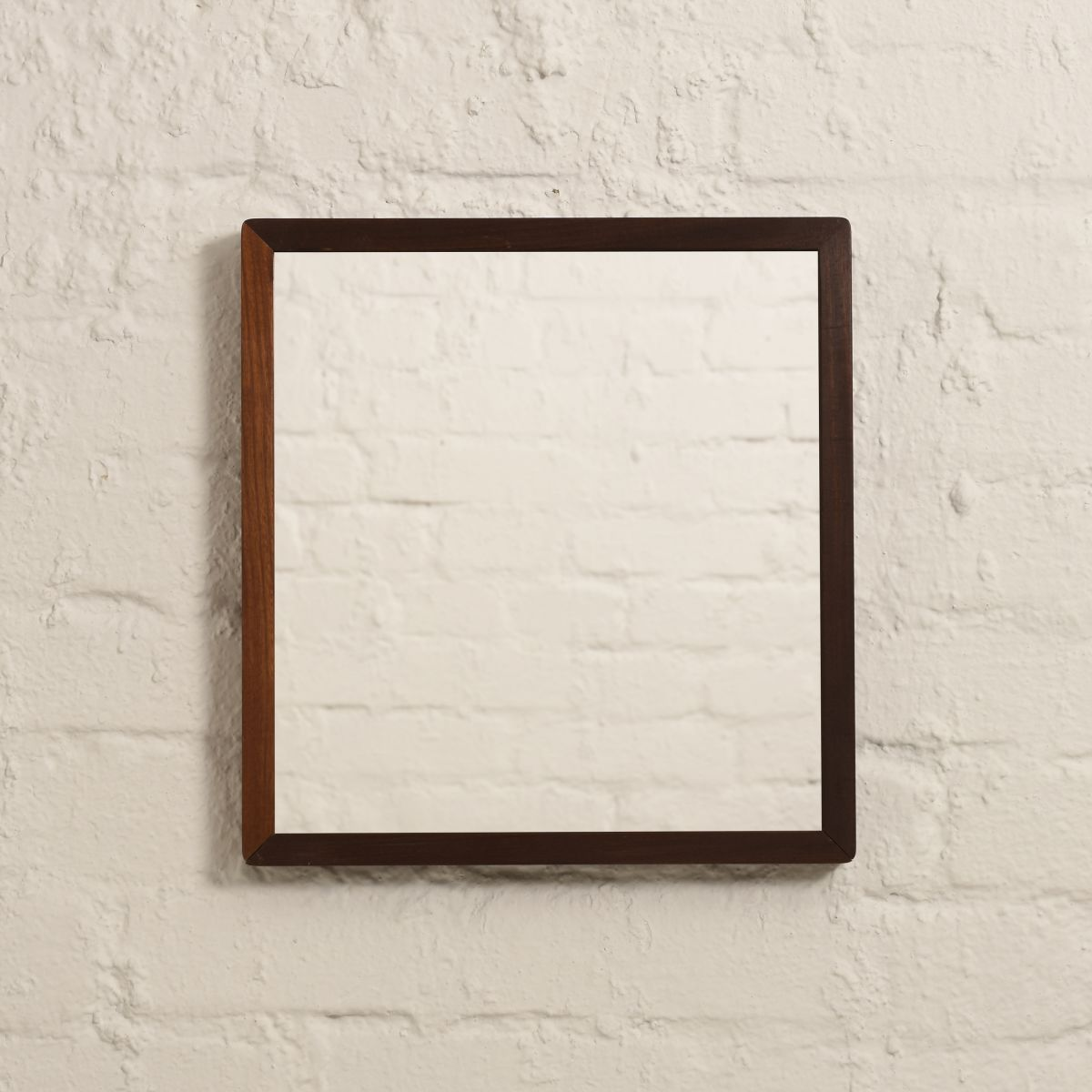 Aalto-Alvar-Mirror-brown2_high_res