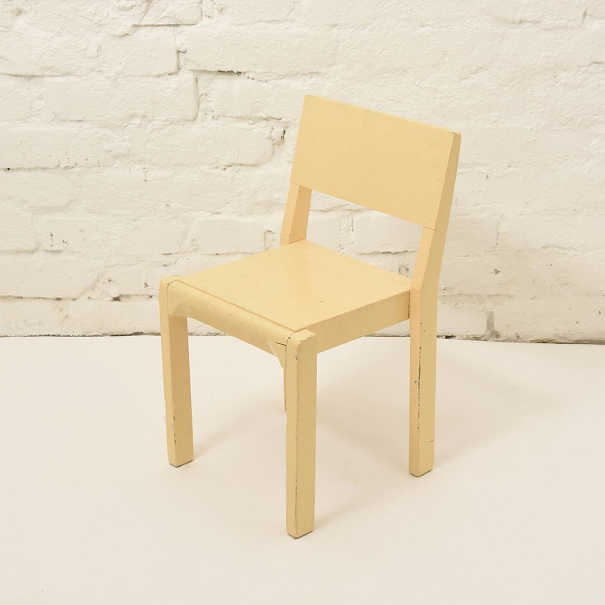 Kids-Chair-Wood-Yellow
