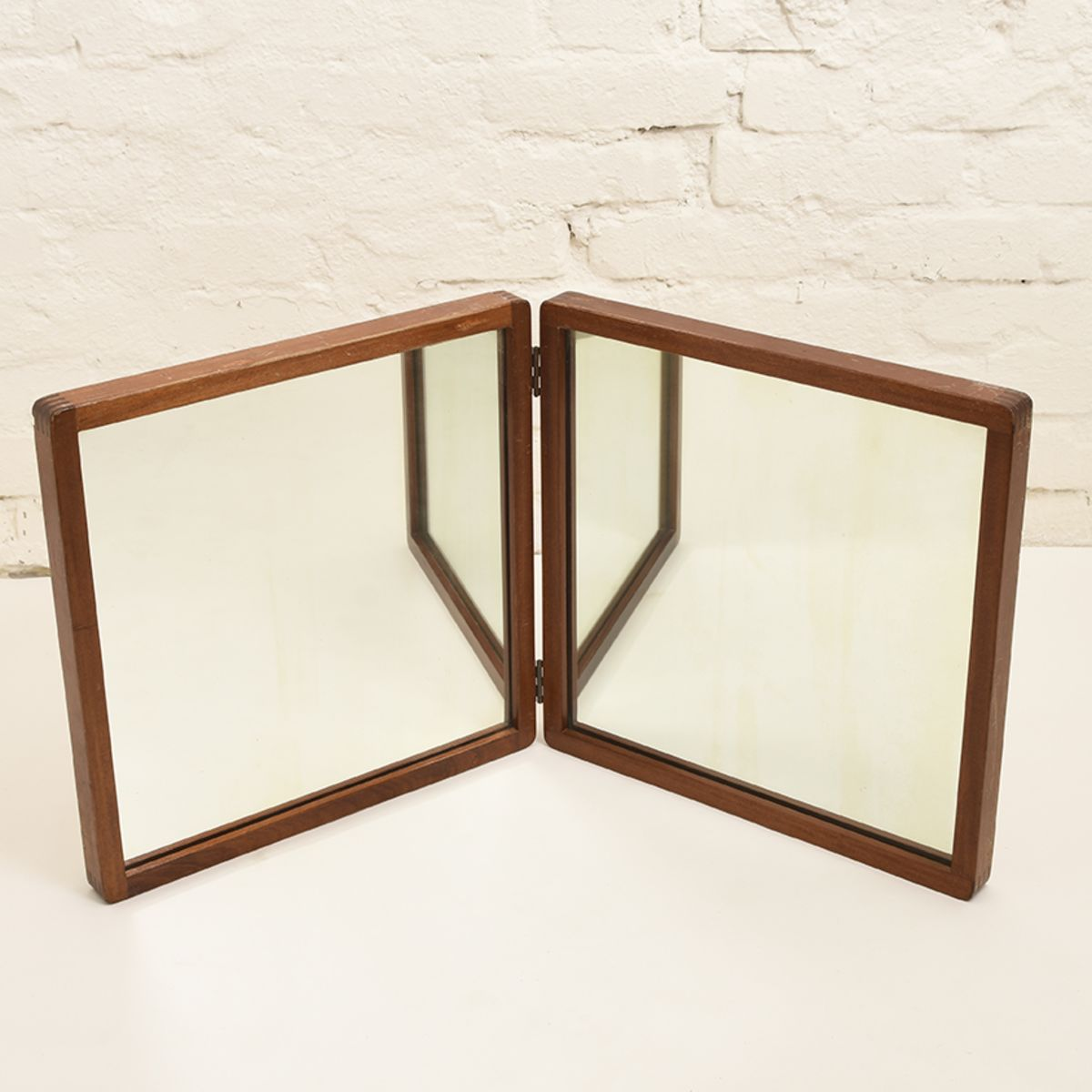 Aalto-Alvar-Double-Mirror