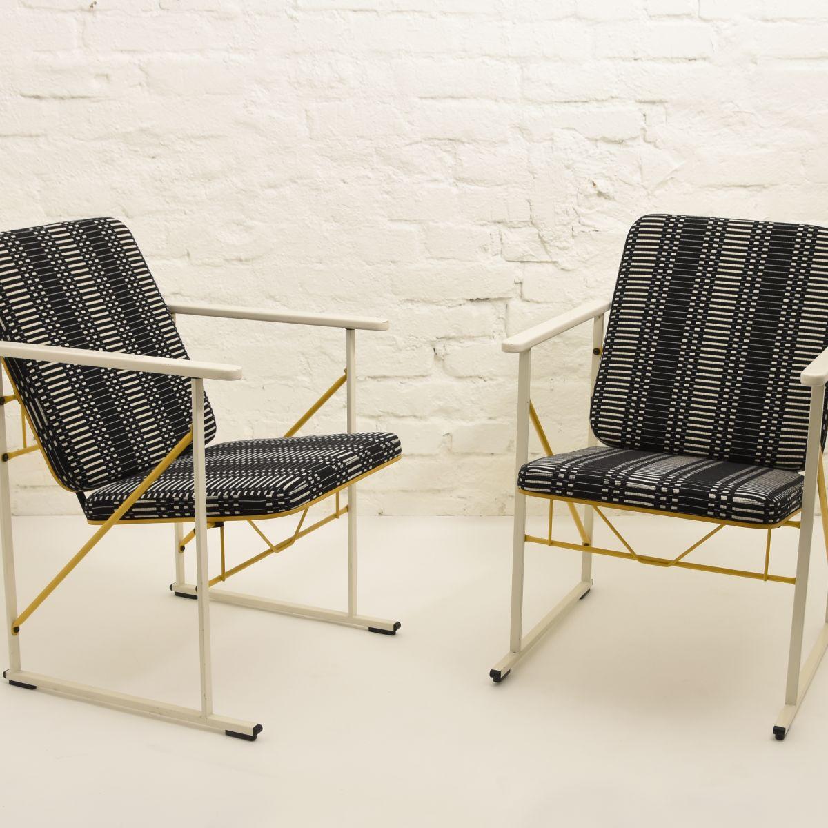 Kukkapuro-Yrjö-Chair-A500-johanna-gullichsen