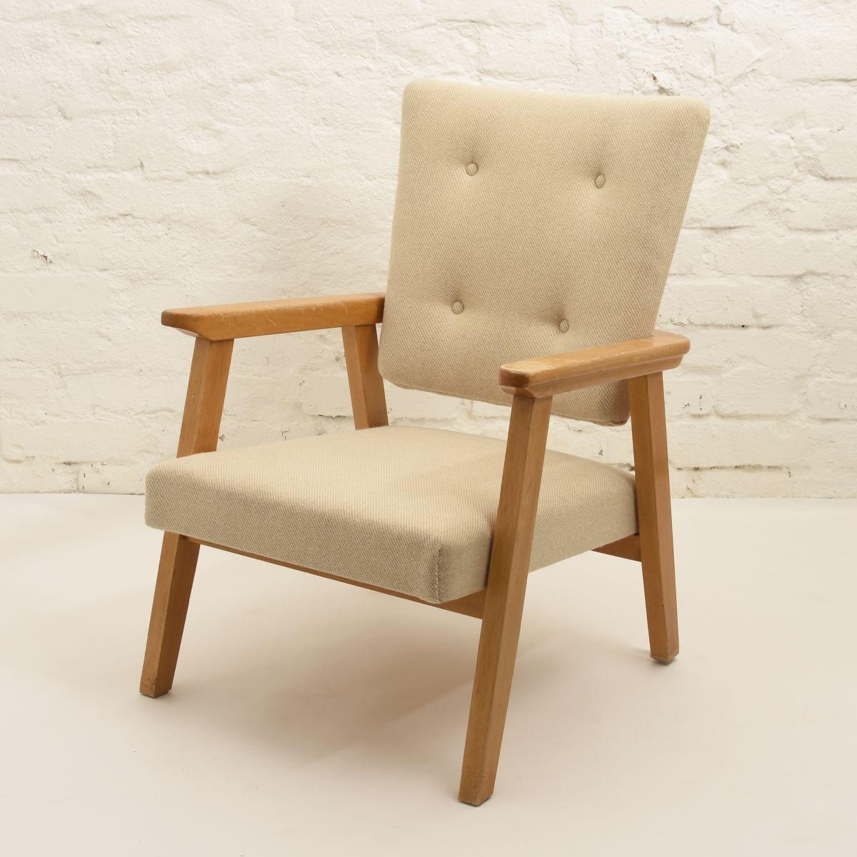 Armchair-Artek-fabric