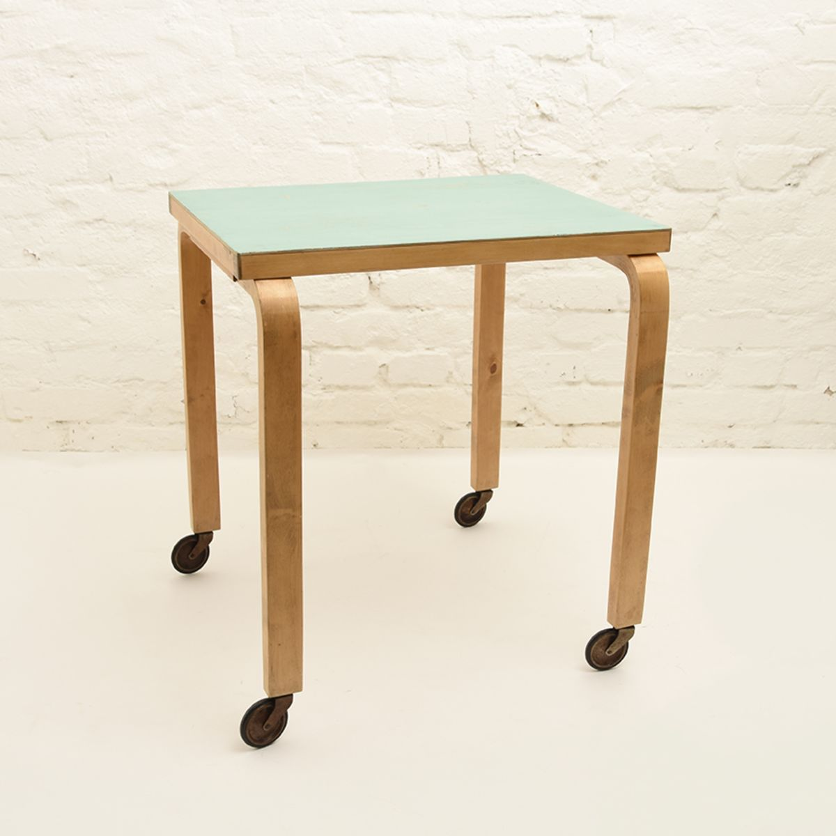 Aalto-Alvar-Side-Table-Ocean-Blue